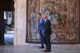 Ensenyat apuesta por un referéndum sobre la monarquía y se proclama republicano