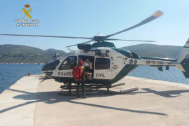 La Guardia Civil rescata en helicóptero a una mujer con taquicardia en Cabrera