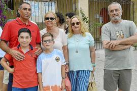 José Luis Miró, Nani Balls, Amalia Castillo, Miquel Grimalt y los niños Adrià y Pau.