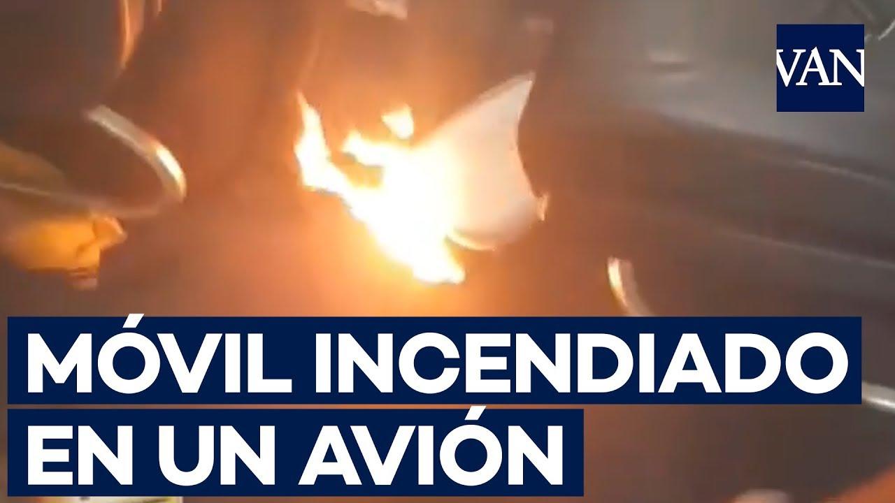 Así ardió una batería móvil en un avión de Ryanair con destino Ibiza