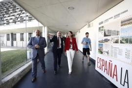 Reyes Maroto asegura que el Gobierno derogará «el impuesto al sol»