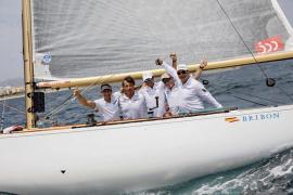 El 'Bribón' celebra el título y Pedro Campos, su undécima Copa del Rey