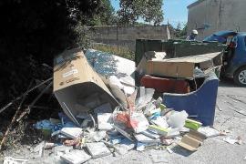 La policía impone multas de 3.000 euros por vertidos en suelo rústico