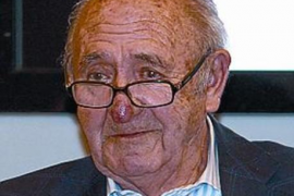 Fallece Josep Pernau, decano del periodismo catalán