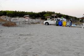 Denuncian que la empresa que recoge la basura en las playas de Muro no recicla