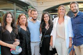 Teresa Muñoz, Carmen Naveiras, Joan Mateu, Carmen Muñoz, Davina Alemany y Andreu Real.