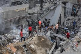 18 Palestinos heridos en Gaza en ataque israelí a edificio de cinco plantas