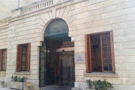 El Defensor del Paciente critica la oficina de derechos lingüísticos y pide que el dinero destinado se invierta en sanidad