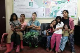 La joven de Elche captada por una secta en Perú vuelve a España con su bebé