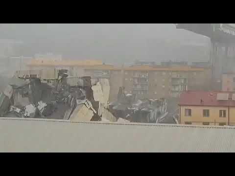 Al menos 35 muertos en el derrumbe del puente de una autopista en Génova