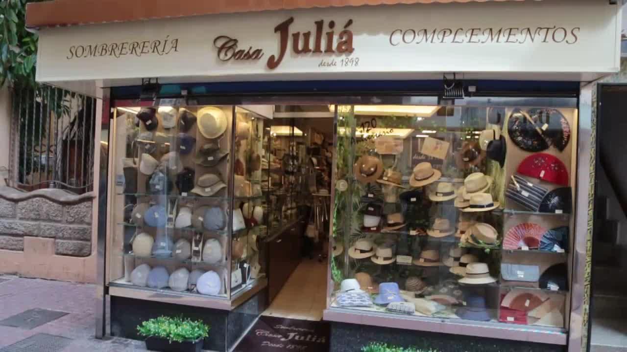 Sombrerería Casa Juliá: «Tener un negocio es preocuparse por todo, pero asumes el riesgo»