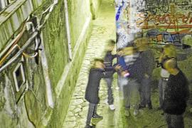 El fiscal pide 12 años de prisión por la agresión a un joven en el callejón de Gomila