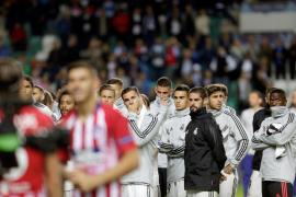 Detenido un aficionado del Madrid por agredir a un trabajador municipal que le preguntó por la Supercopa