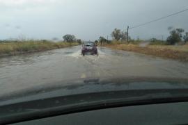 La tormenta obliga a cerrar varias carreteras en Mallorca