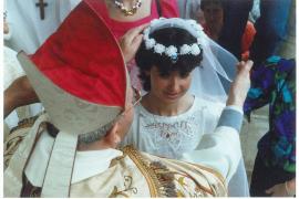 Polémica fiesta que ensalza la la virtud, la piedad y la modestia, pero también la virginidad» de las jóvenes