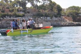 Los barcos de limpieza del litoral recogen un total de 15.200 kilos de residuos en julio
