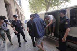 Los cinco detenidos por el alijo de 300 kilos de cocaína, ante el juez