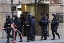 Al menos 2 muertos por un ataque con cuchillo en la región de París