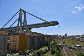 La parte del puente de Génova que sigue en pie demuestra el mal estado de la infraestructura