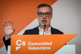 Ciudadanos acusa a Sánchez de usar el decreto de Franco como «cortina de humo»