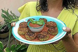 Raolas de calabacín con salsa de tomate y albahaca de Pilar Pieras