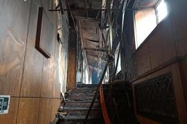 Mueren al menos 18 personas por un incendio en un hotel en China