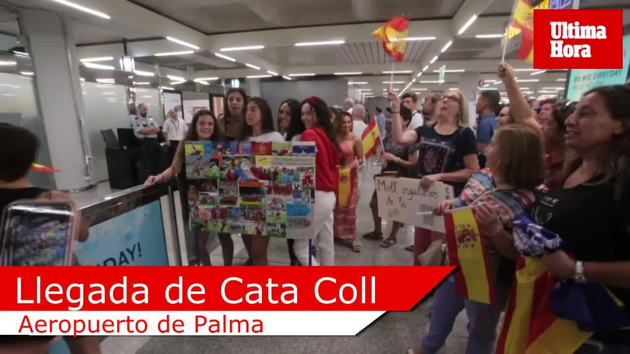 Emotivo recibimiento a Cata Coll en Palma