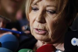 Casado saca a Celia Villalobos de la Diputación Permanente del Congreso, a la que pertenecía desde 1989