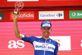 Enric Mas entra en el Top 10 de la general de la Vuelta y King gana la cuarta etapa