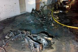 La Guardia Civil investiga un incendio que calcinó siete motos en Formentera