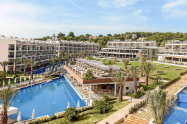 CAEB y las grandes superficies se suman al rechazo hotelero a parte de la ley de residuos