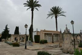 El Conselll encarga la exhumación de una persona que fue sepultada recientemente en una capilla precintada en Porreres