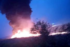 Un avión Boeing 737 se incendia en Rusia con 170 personas a bordo