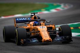 Alonso sólo aguanta diez vueltas en el Gran Premio de Italia