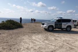 Hallan el cuerpo sin vida del joven desaparecido tras caer al mar en Ibiza