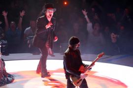 Bono recupera la voz y U2 continúa con su gira