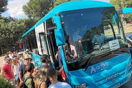 Los buses lanzadera a las zonas saturadas han registrado 80.528 usuarios en dos meses