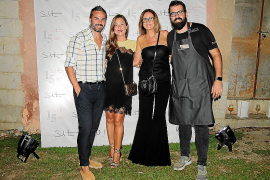 Santi Taura, Imma Bestard, Marilén Taura y Jaume Comas.