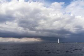 Alerta en la mitad norte de Mallorca y Menorca por lluvias y tormentas