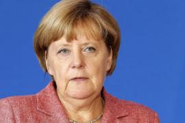 Merkel visita Argelia con el Sáhara como telón de fondo