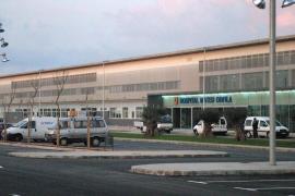 Detenido un médico en Maó por grabar en el vestuario femenino del hospital