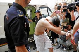 Un testigo afirma que el holandés muerto en Son Banya fue golpeado por la espalda