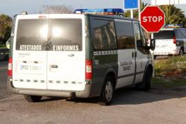 Buscan al conductor de un coche tras un espectacular accidente en Llucmajor