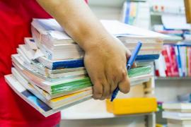 Editores culpan a las comunidades autónomas de la disminución de la venta de libros escolares