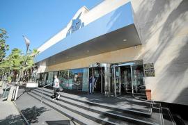 La Guardia Civil concluye que políticos y policías iban gratis al Megasport