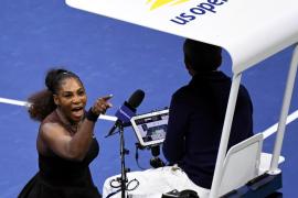 Serena Williams multada con 17.000 dólares por violaciones al código de conducta