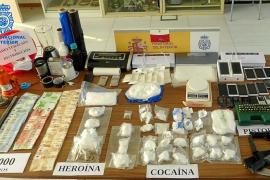 La Policía Nacional desarticula un entramado que introducía cocaína y heroína en Ibiza