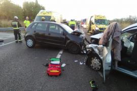 Dos heridos graves en un choque frontal en la carretera de Llucmajor a Campos