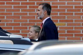 Primer día de clase para la princesa de Asturias y la infanta Sofía