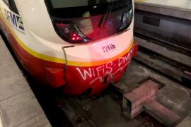 Media docena de heridos al chocar un tren con el fin de línea de la Estación Intermodal